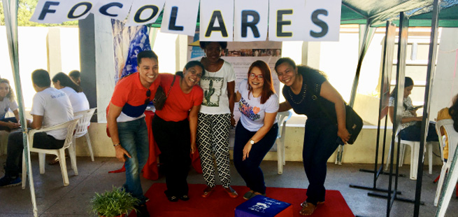 """Jovens por um Mundo Unido em Macapá: por uma Igreja viva e """"jovem"""""""