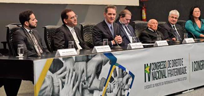 Direito existe para pacificar, diz presidente do STJ ao abrir congressos sobre fraternidade